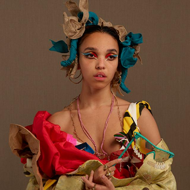 FKA twigs photo
